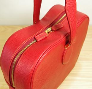 林檎のレザーバッグ:革鞄