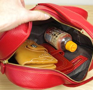 リンゴの革鞄:ハンドバッグ