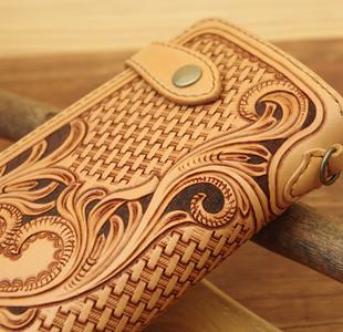 カービング レザーウォレット/ハートの長財布