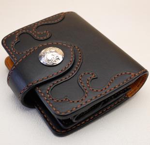ハートの可愛いレディース革財布:ウォレット