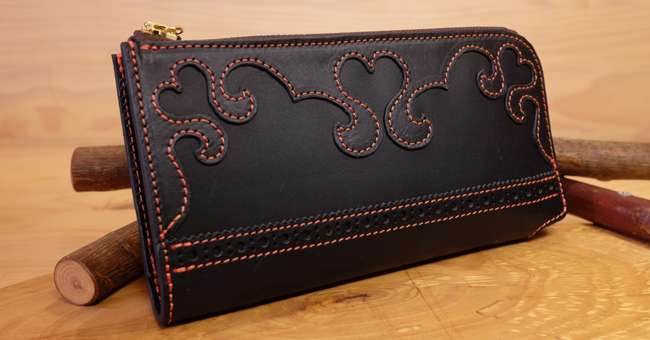 Lファスナー財布:可愛いハートの長財布