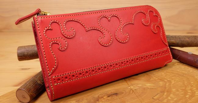 可愛いハートのレディース長財布:Lファスナー財布
