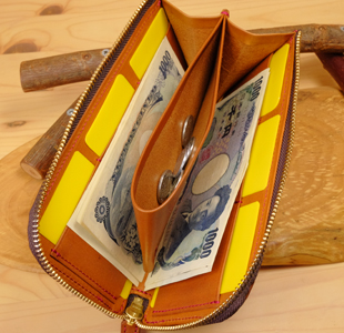 ハートのデザイン:L字ファスナー長財布