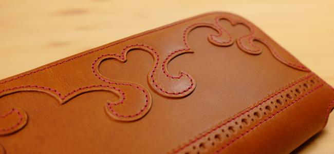 可愛い革製品:ハートのL字ファスナー長財布
