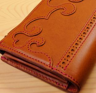 ハートの可愛いL字ファスナー長財布